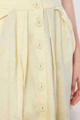 Yellow plain butoned skirt
