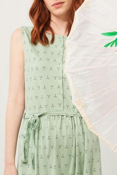 Vestido Petra verde estampado abstracto con cinturón
