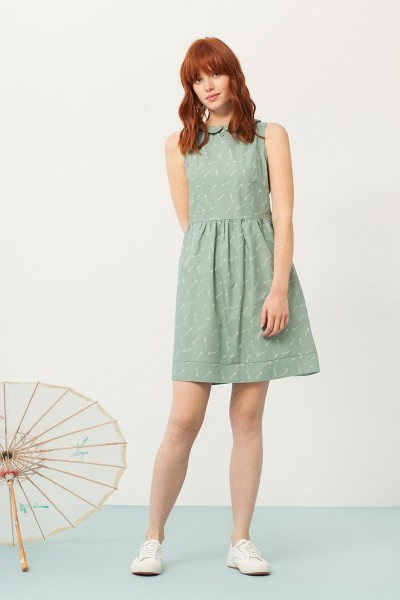 Pearle Peter Pan collar dress in green and bambu print