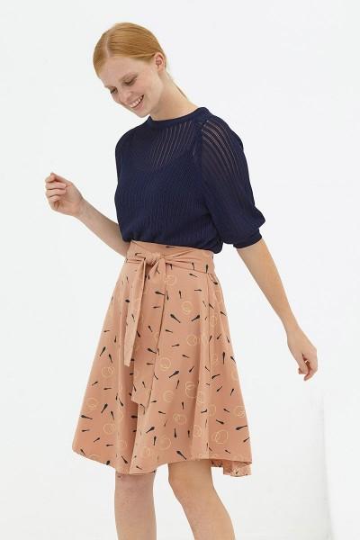Falda media capa rosa palo Delphine