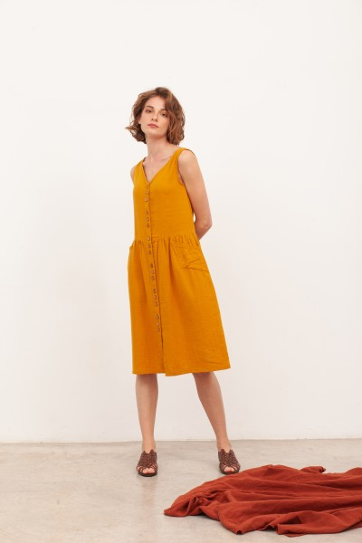 Vestido de muselina escote V  Brunella Mostaza
